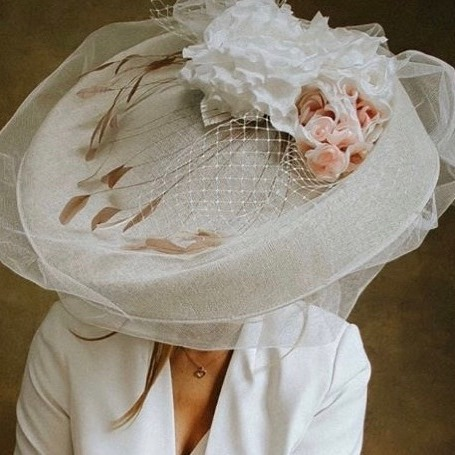 Mara Large Saucer Fascinator Ascot